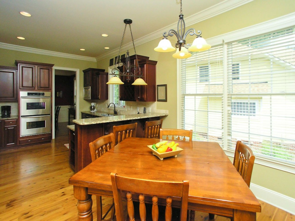 Breakfast Nook Towards Kitchen