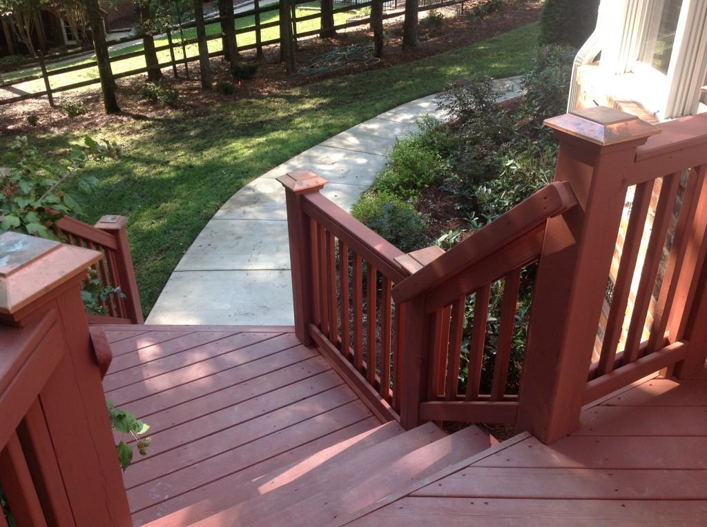 Hillman Deck Steps to Sidewalk